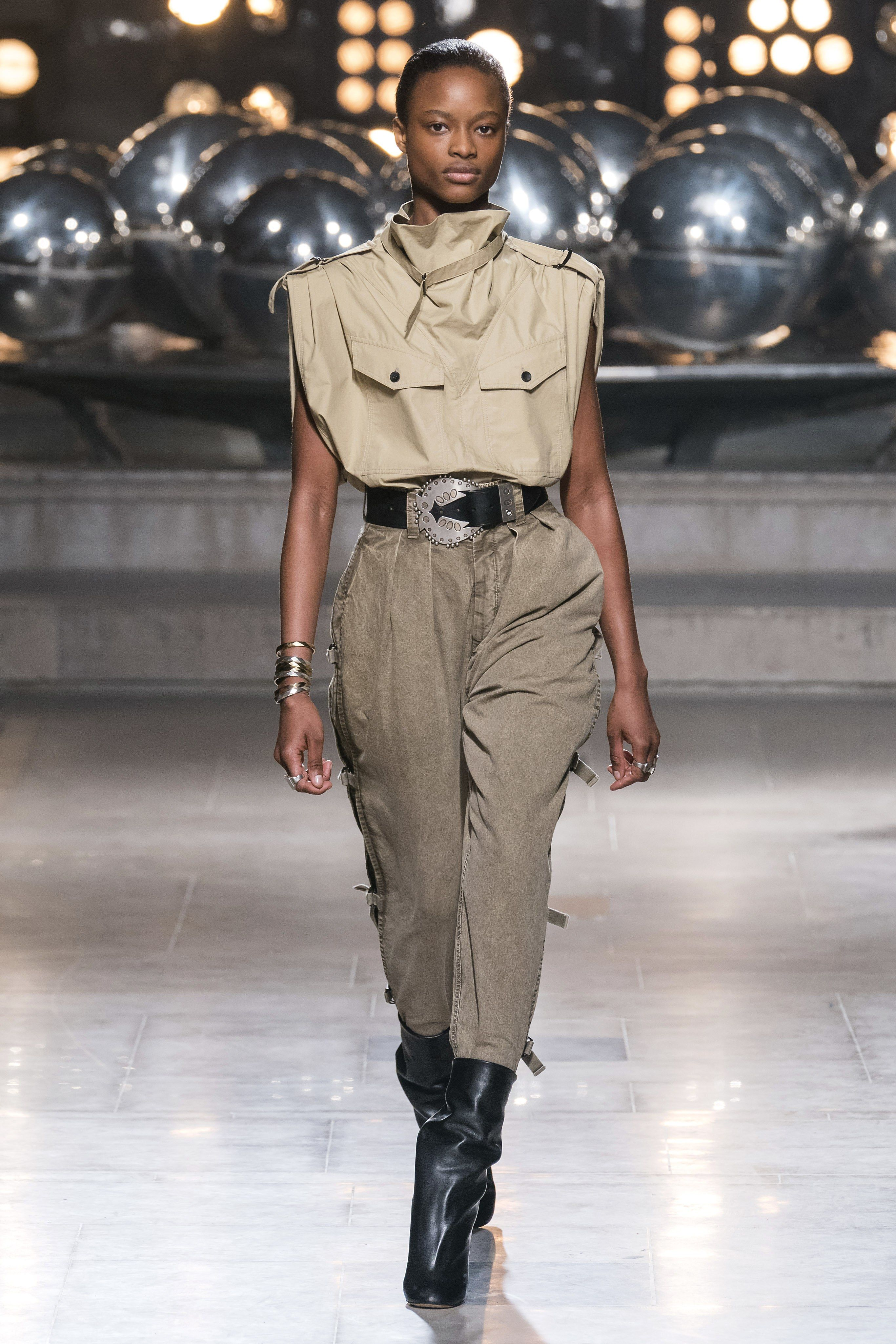 0230a340842 Isabel Marant Fall 2019 Ready-to-Wear Fashion Show in 2019 | 01 On ...