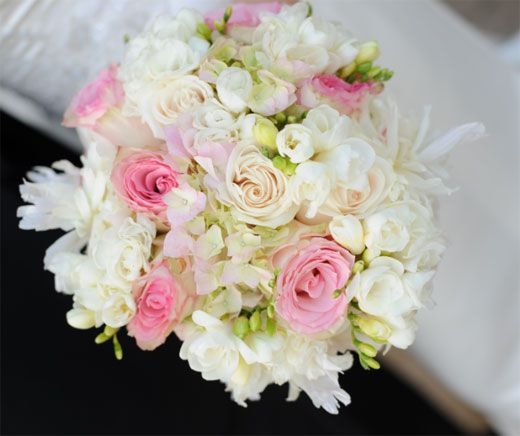 hand tied wedding bouquet floral designs pinterest flowers