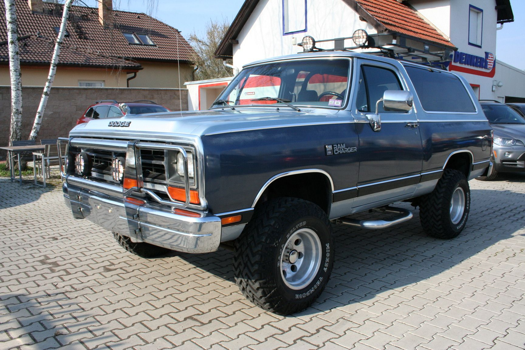 sale dodge hd ramcharger for mcg vehicles