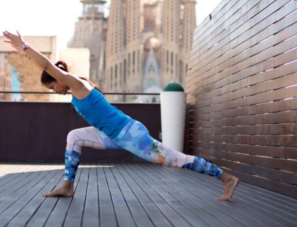 Beneficios Del Yoga Por La Mañana Para El Cuerpo Y La Mente Xuan Lan Yoga Yoga Por La Mañana Yoga Beneficios Yoga
