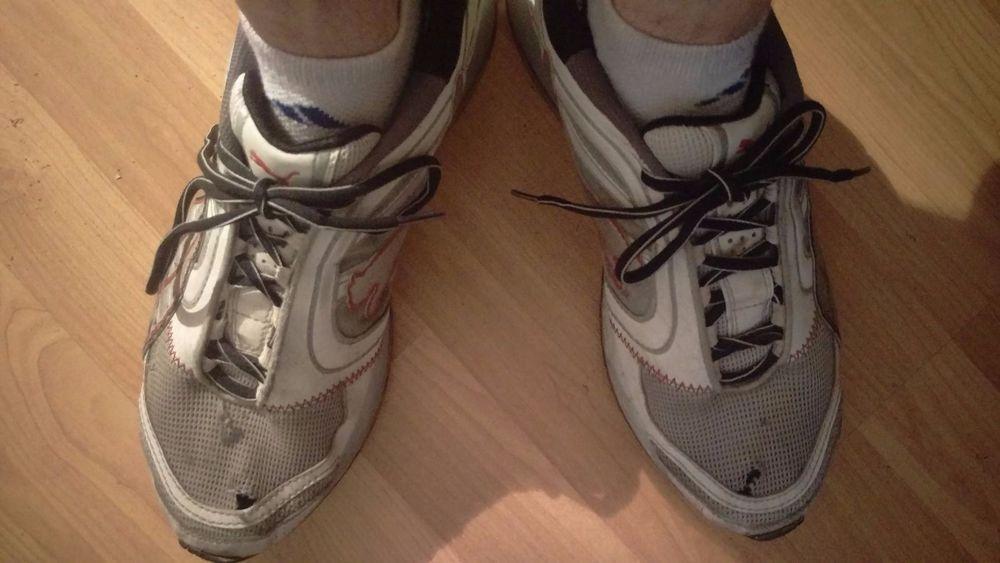Nike Air Max Gr. 44.5 Herren gay Sneaker Schuhe gayle grau