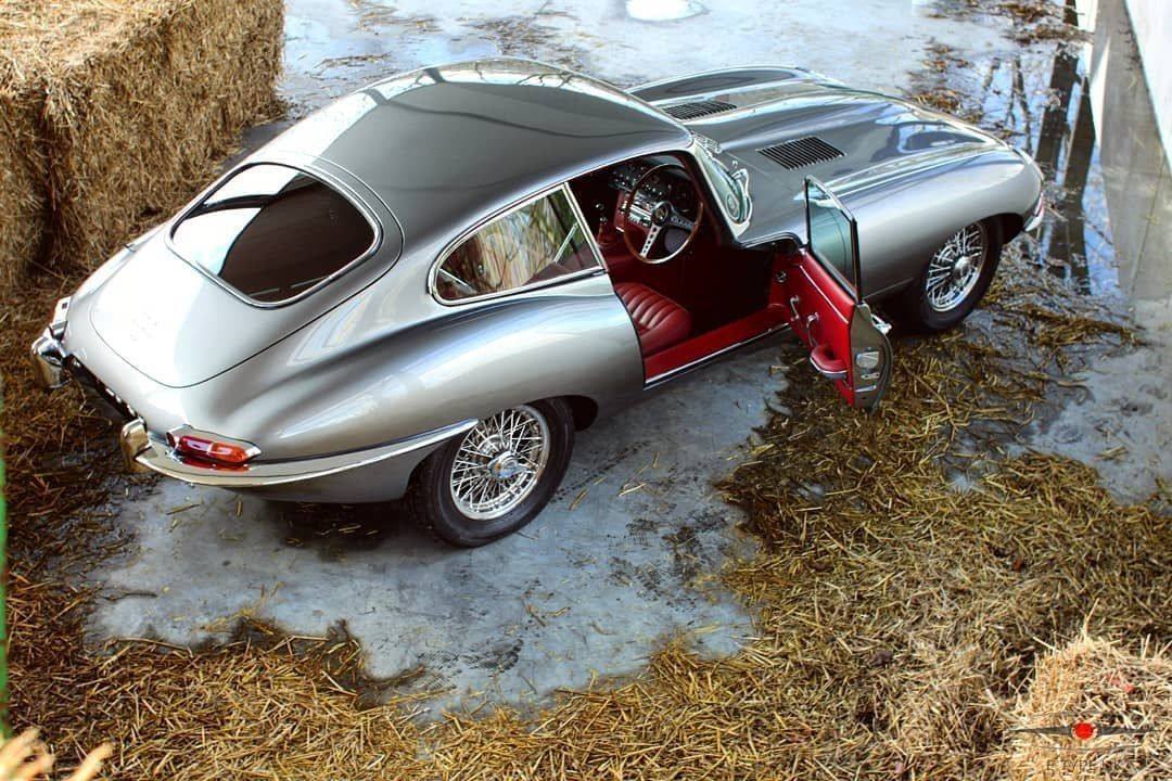 pinterest diamler xj cars classics xjc rumour coupes review collectables motorcars jaguar and