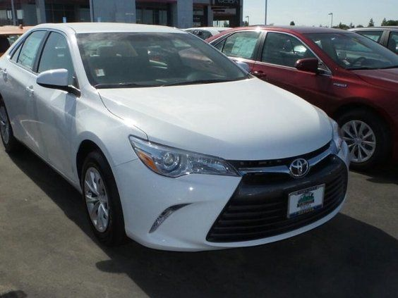 2015 Toyota Camry 4dr Sdn I4 Auto Le Toyota Camry Toyota Dealers