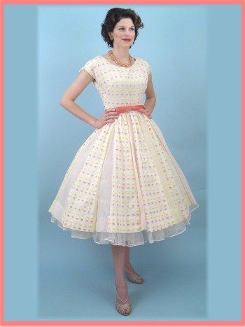 1000  images about Someday :) on Pinterest  50s dresses Vintage ...