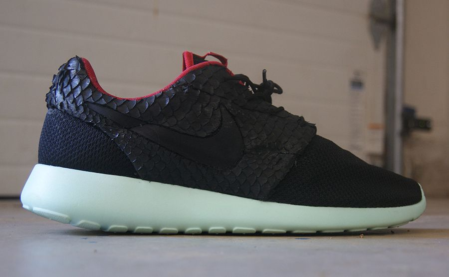 Nike Roshe Two Flyknit iD Shoe. Nike UK