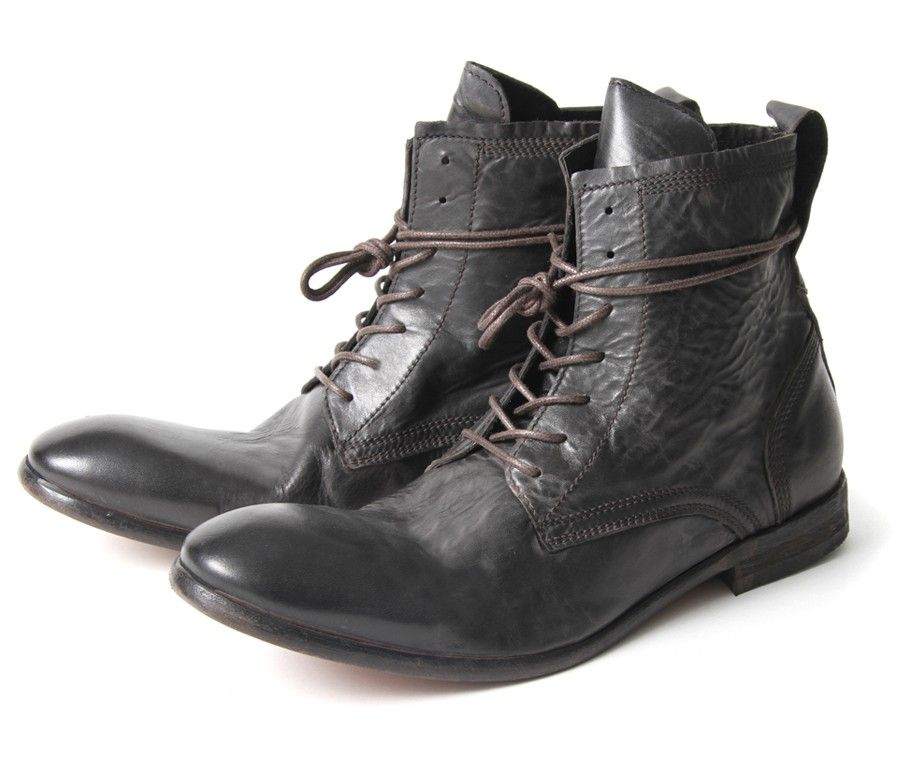 Swathmore Black - These calf leather casual men's boots are one of the  favourites here at Hudson HQ. The round toe washed Victor.