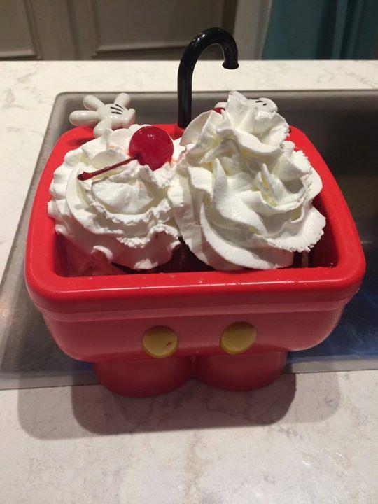 Mickeys Kitchen Sink Sundae Mickey Kitchen Sundae Desserts