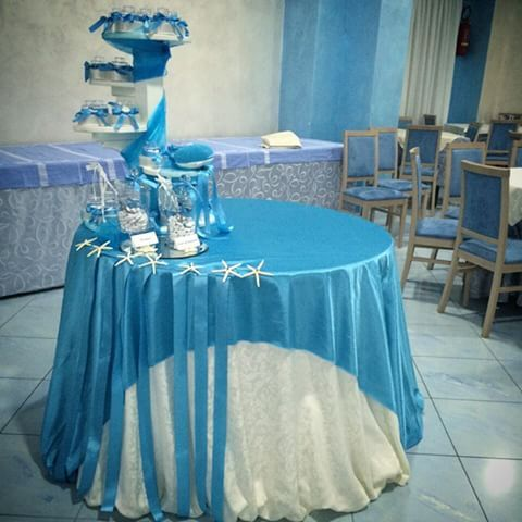 Risultati immagini per allestimento tavoli per cresima - Tavolo per prima comunione ...