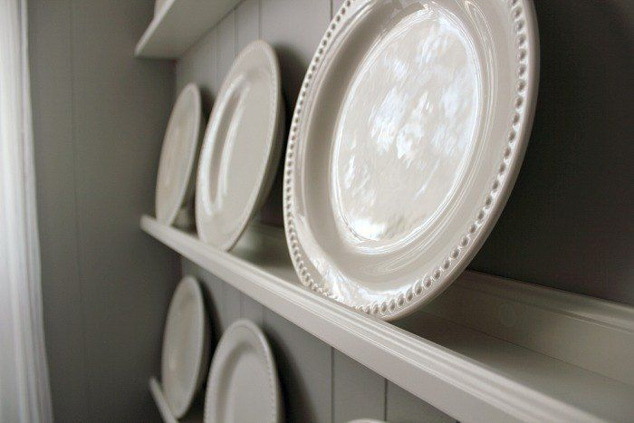 The Easiest DIY Plate Rack #plateracks The Easiest DIY Plate Rack #plateracks