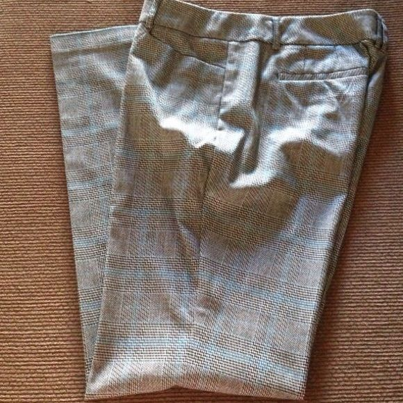 NWOT NY&Co. Average pants. These are gorgeous new pants I purchased & when I got home, I took the tags off but I never got to wear them since I've lost weight. Picture #2 shows true color. New York & Company Pants Straight Leg