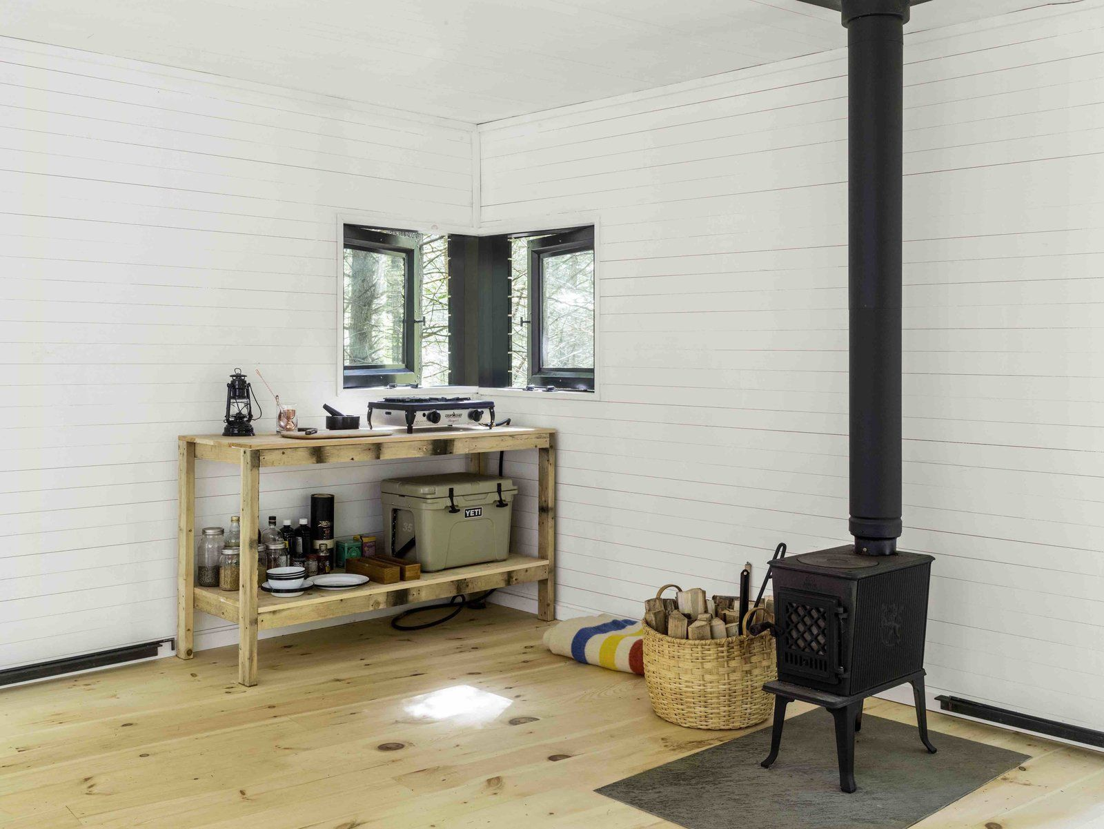 Diy Keuken Kleine : Dwell a dramatic tree house by budget conscious diy builders