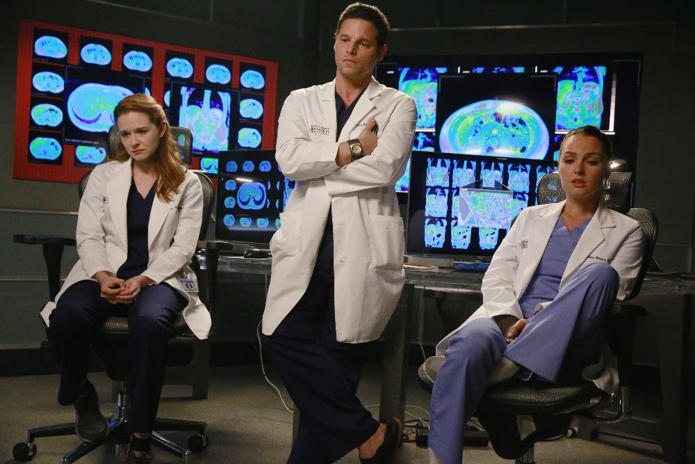 BuddyTV Slideshow | 'Grey's Anatomy' Episode 11.20 Photos: Tension Between Owen and Amelia