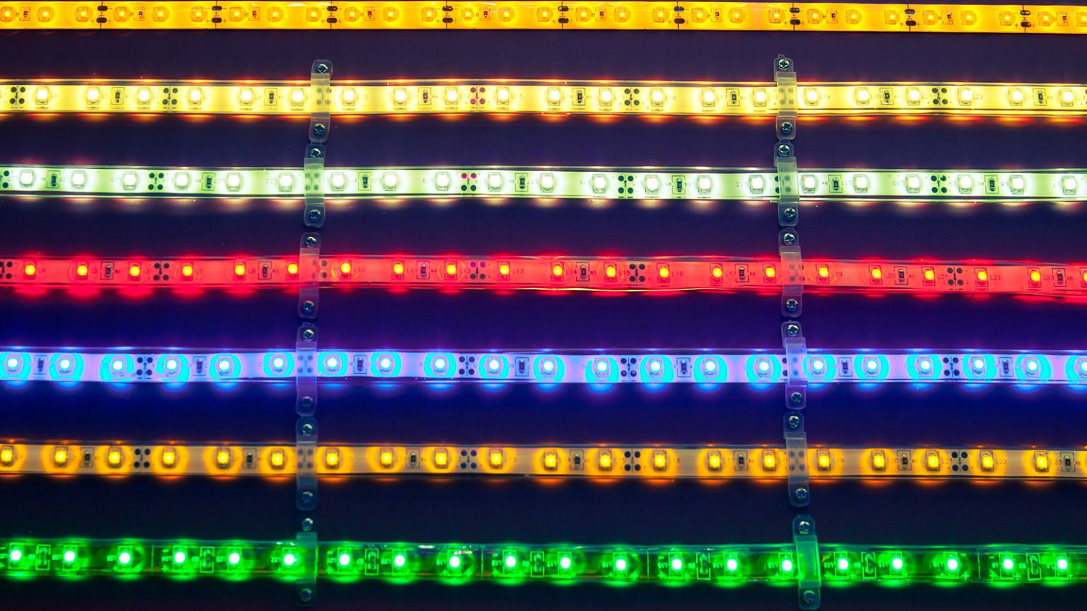 Grow better veggies with LED lights | Grist 072415