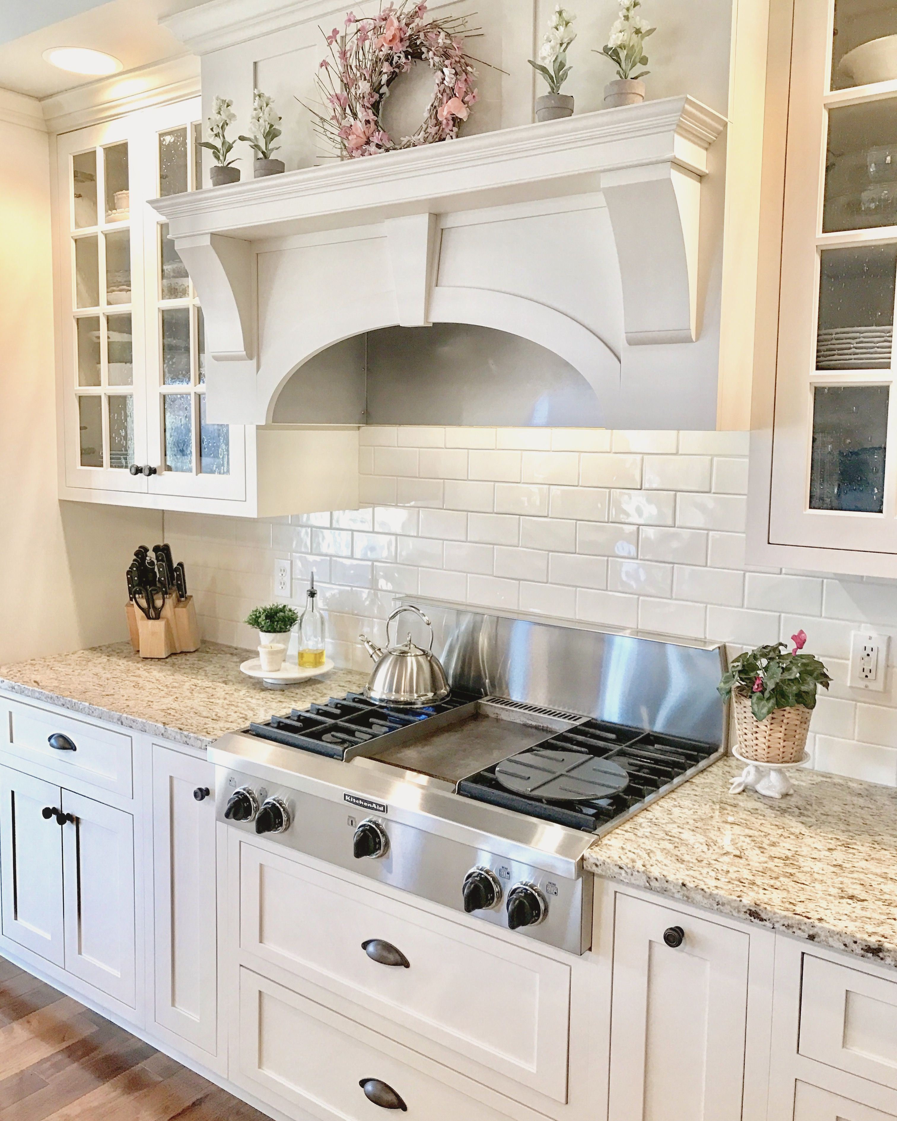 White Kitchen Cabinets Yellow Granite: I Want This Vent Hood, And The Little Shelf On Top, Too