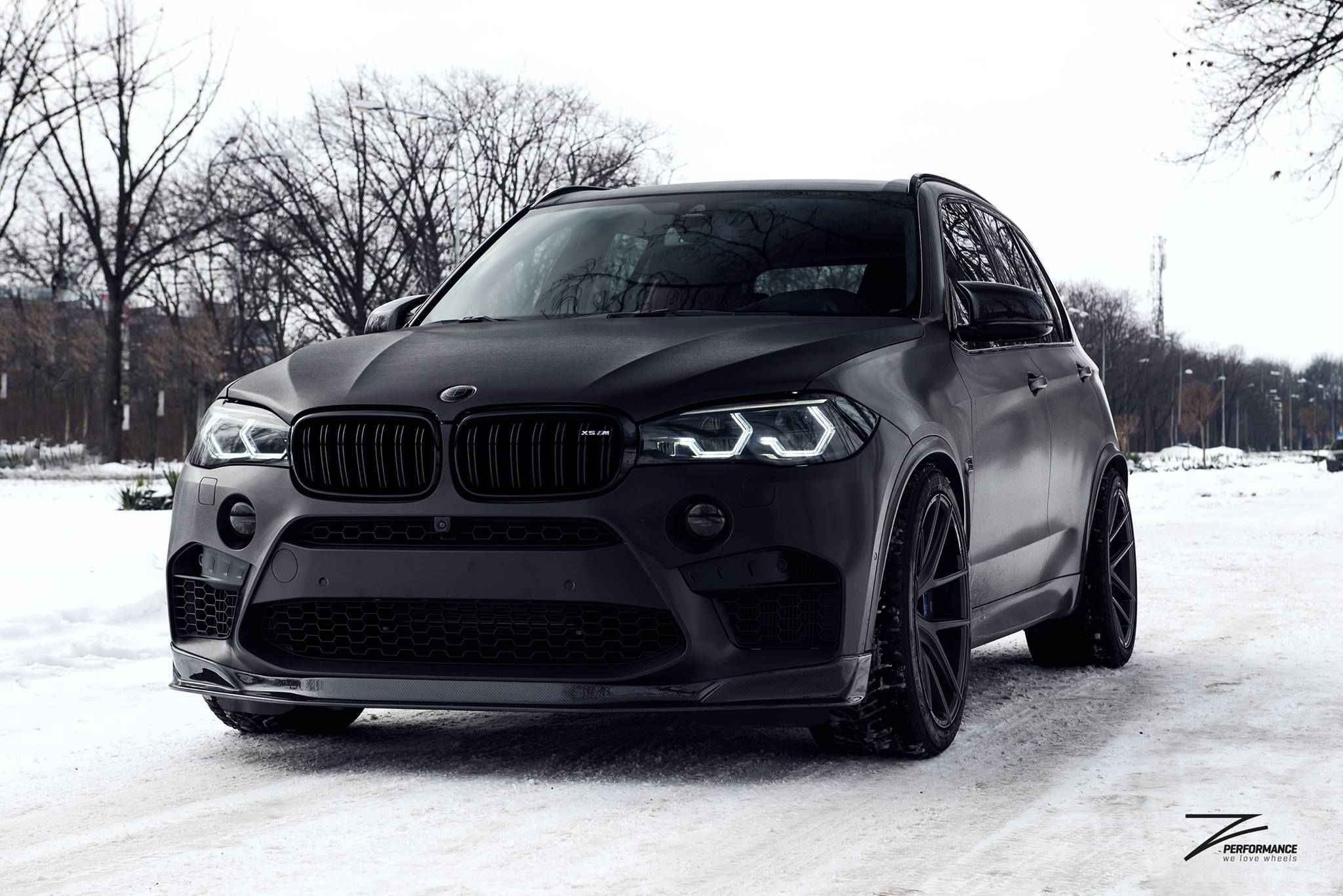 BMW F85 X5M SapphireBlack MPerformance xDrive Drift