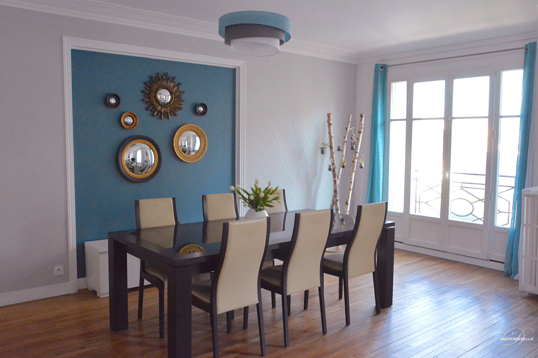 Miroir Salle De Sejour déco salle à manger. mur de miroirs sorcières peinture bleu