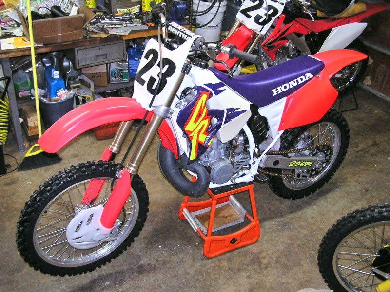 Pin By Glenn Nijenhuis On 1990 S Dirt Bikes Motorcross Bike Motocross Bikes Dirtbikes