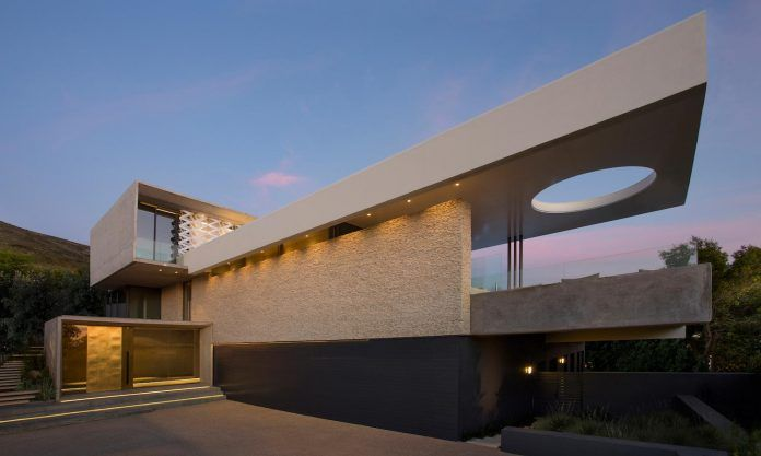 gorgeous concrete houses with unexpected designs box architecture contemporary glass also rh pinterest