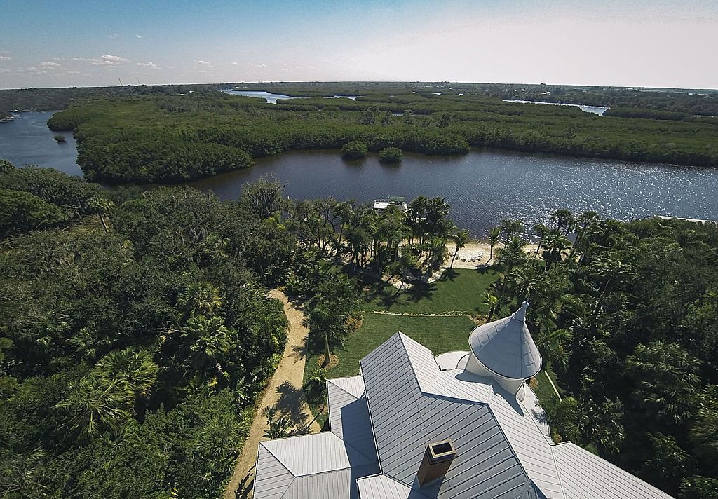 2410 W Shell Point Rd, Lamb Manor, FL 33606 is For Sale