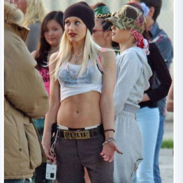 I love gwens look in the hollaback girl video me pinterest i love gwens look in the hollaback girl video sciox Gallery