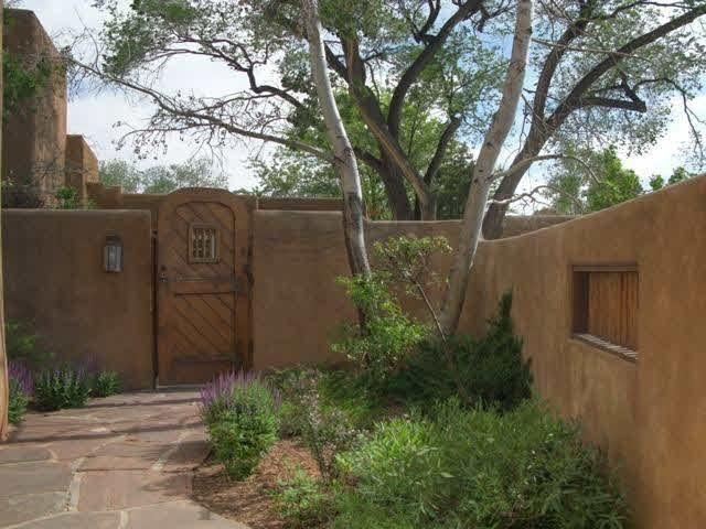 334 Otero St, Santa Fe, NM 87501