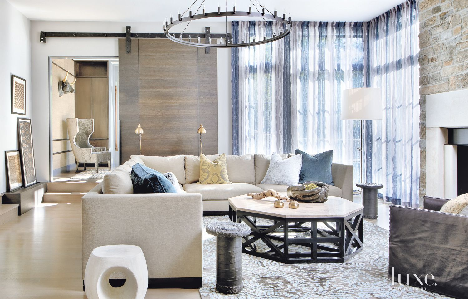 Sculptural dining room chandelier luxesource luxe magazine the luxury home redefined also rh pinterest