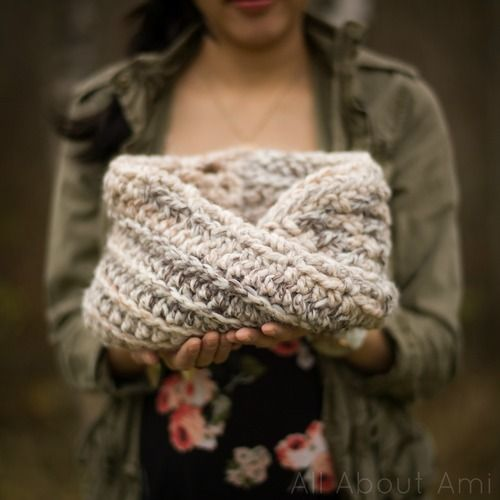 The Twist Cowl Pattern Lion Brand Wool Ease Thick And Quick Yarn