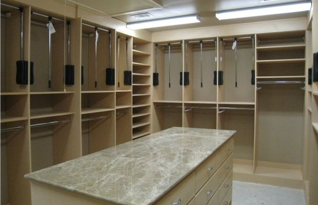 Google Image Result For  Http://www.closetpages.com/sites/default/files/media/photos Walkin Pull Down  Closet Rods Wardrobe Lift
