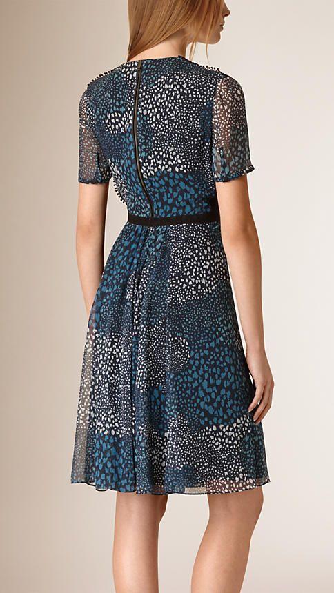 175cdc37d7aa3 Azul tinta Vestido en crepé de seda con detalles de pompones - Imagen 2