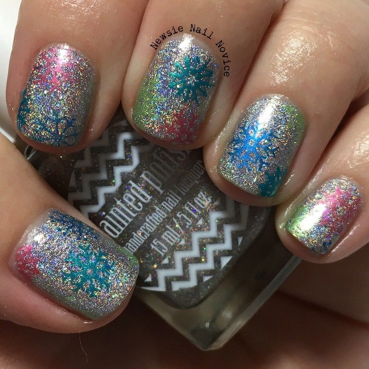50+ Your Perfect Xmas Shade‎ New Years Nail Design Ideas