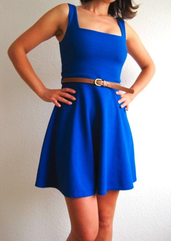 kurzes kleid in blau mit gürtel | kleider, kurze kleider