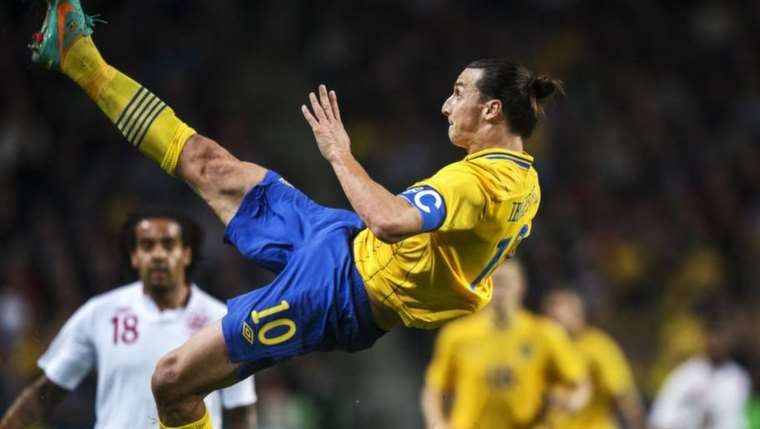 Zlatan Ibrahimovic Sweden Bicycle Kick Zlatan Ibrahimovic Kicks