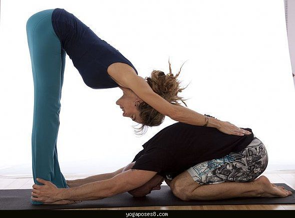 Cool Easy Yoga Poses With A Partner Couples Yoga Poses Partner Yoga Couples Yoga