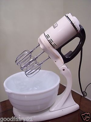 1940 General Electric Lighted Stand Mixer 149 M8 Electric Lighter Mixer Antique Kitchen