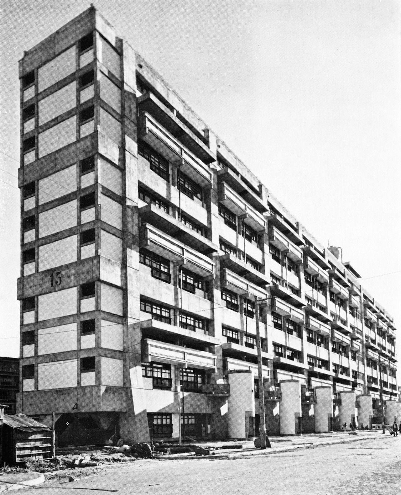 Harumi apartments kunio maekawa modernist architecture for Appartamenti giappone