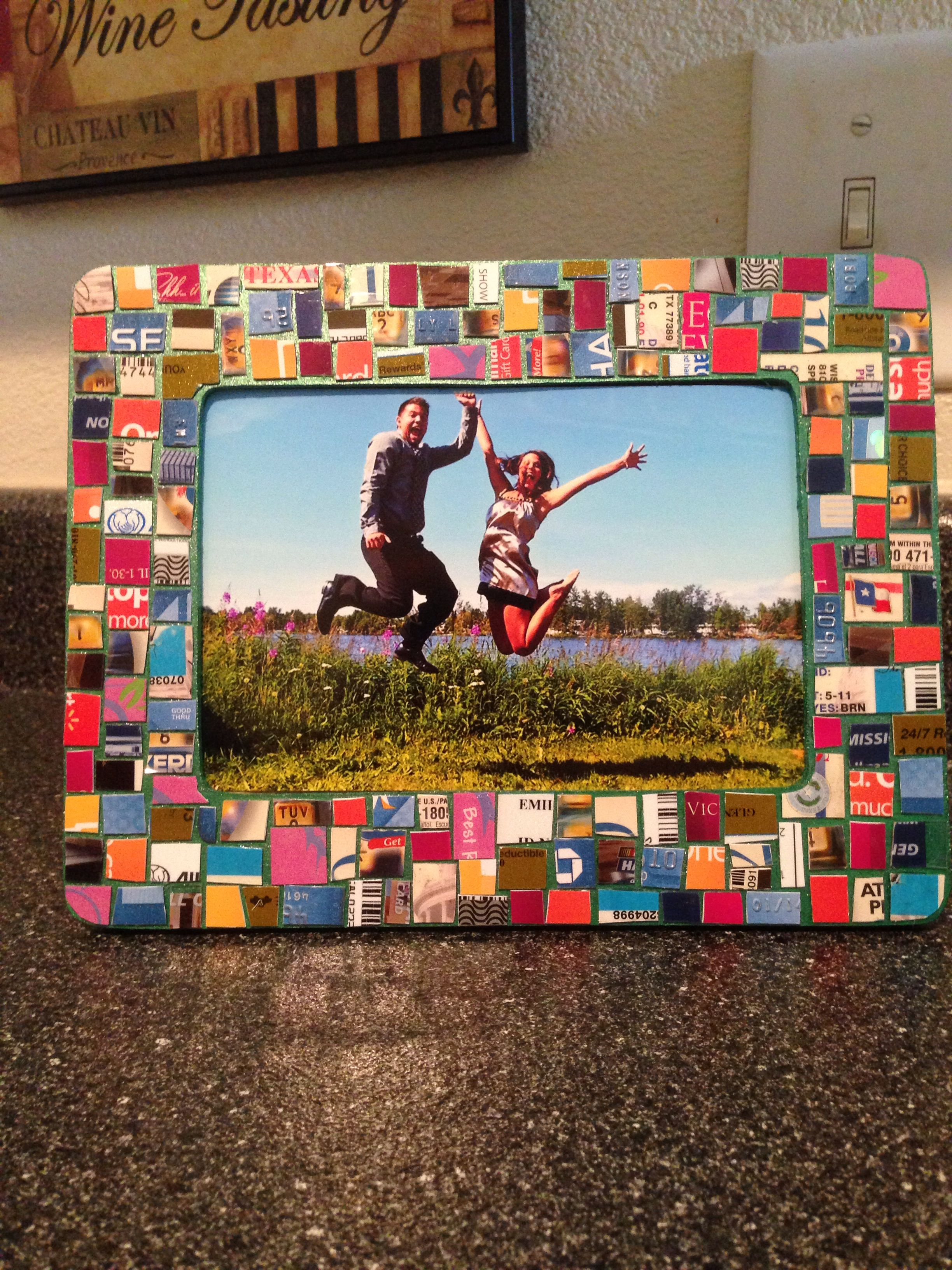 Photo Frame Made Out Of Expired Credit Cards Gift Cards And Drivers License Great Gift For Your Favorite Re Credit Card Crafts Gift Card Craft Frame Crafts