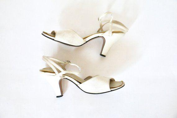1236907dd8836 Peeptoe Heels Vintage 1950s White Shoes 50s Wedding Shoes Vintage ...