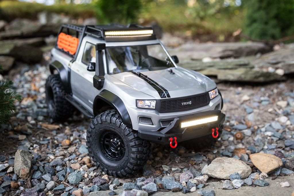 Johnny builds a TRX4 Sport kit with/for the boys... nel 2020