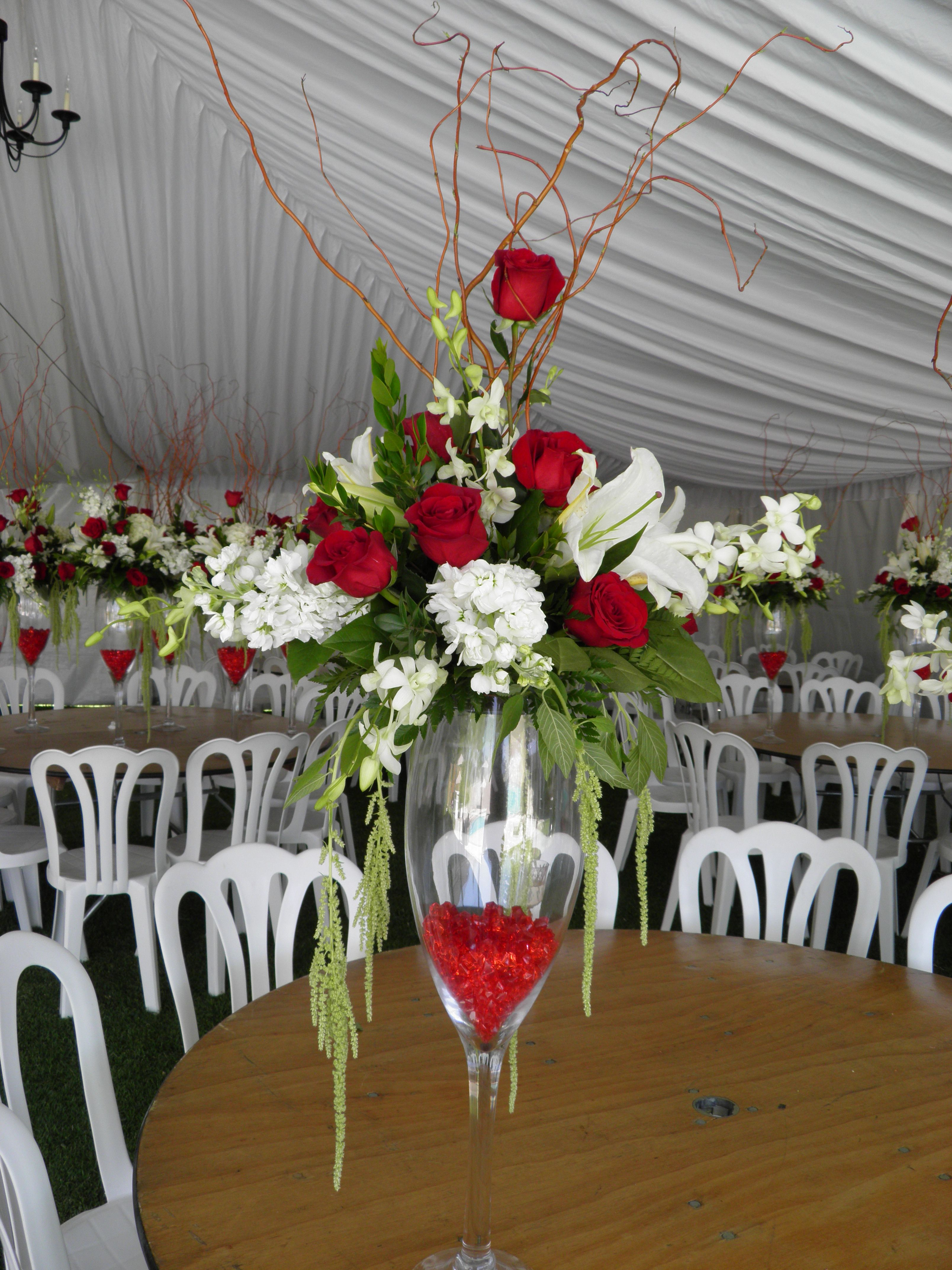 Champagne glass centerpiece flowers i have done pinterest champagne glass centerpiece reviewsmspy