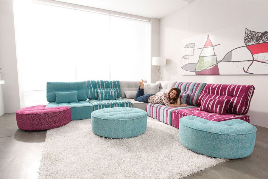 Arianne Love Sectionnel in 2019 | Flat living room | Modular ...