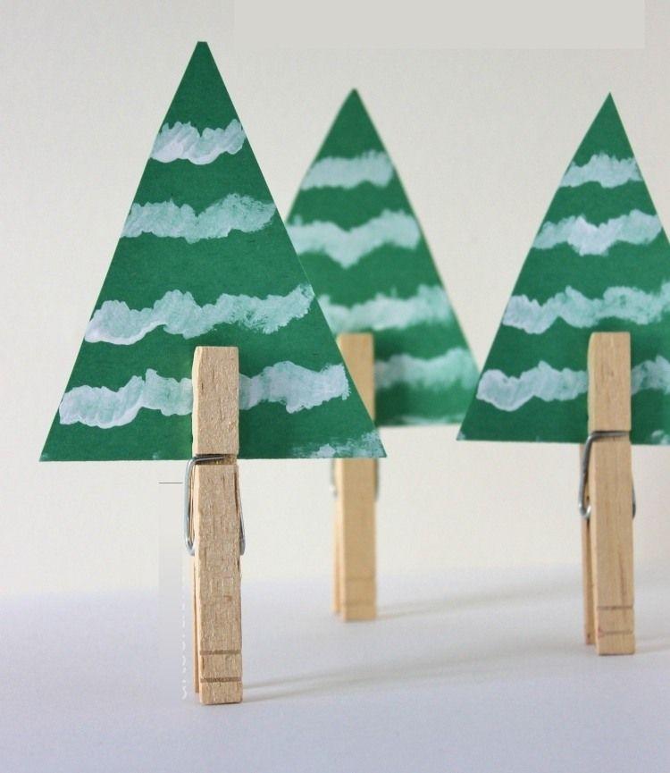 Weihnachtsschmuck Tannenbaume Aus Grunem Karton Mit