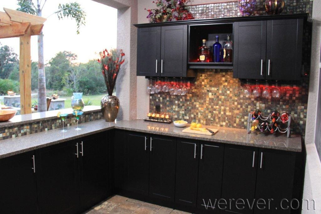 Tampa Party Pad Outdoor Kitchens Yard Crashers Pictures Werever Com Outdoor Kitchen Cabinets Covered Outdoor Kitchens Outdoor Kitchen