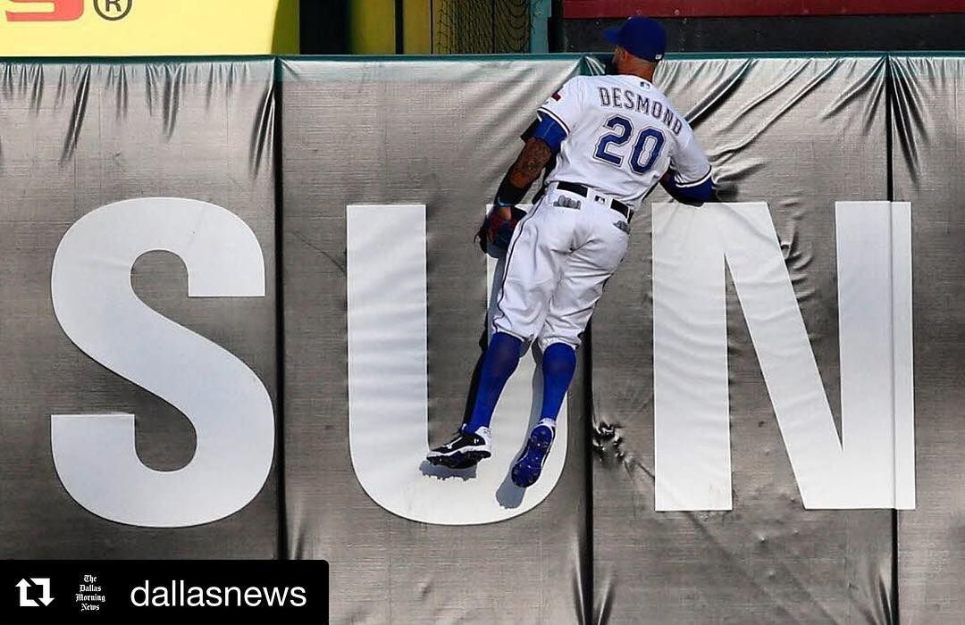 Trying to see where the weekend went (📸: @rosebaca The Dallas Morning News) #gorangers #texas #rangers #IanDesmond #Repost (@dallasnews)