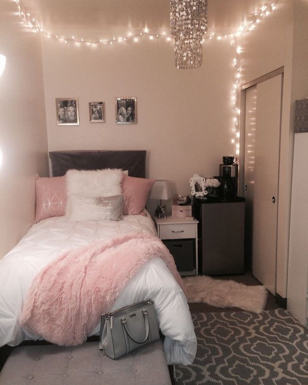 Pinterest Girly Girl Add Me For More Small Room Bedroom Woman Bedroom Girl Bedroom Decor
