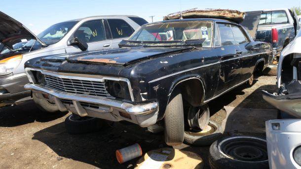 Cars Removals Where Can I Find New Car Dealer In Brisbane Car Old Cars Junkyard Cars