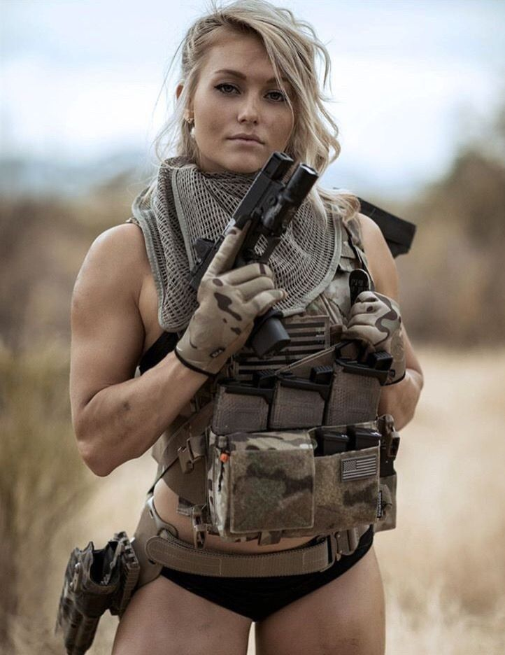 Military Style in 2020 | Army girl, Military girl