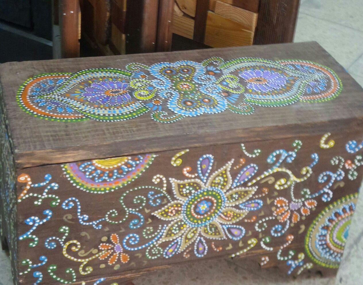 رسم على الخشب