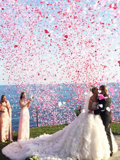 Wir zeigen euch die stylischen Promi Brautkleider von Mode-Stars wie ...