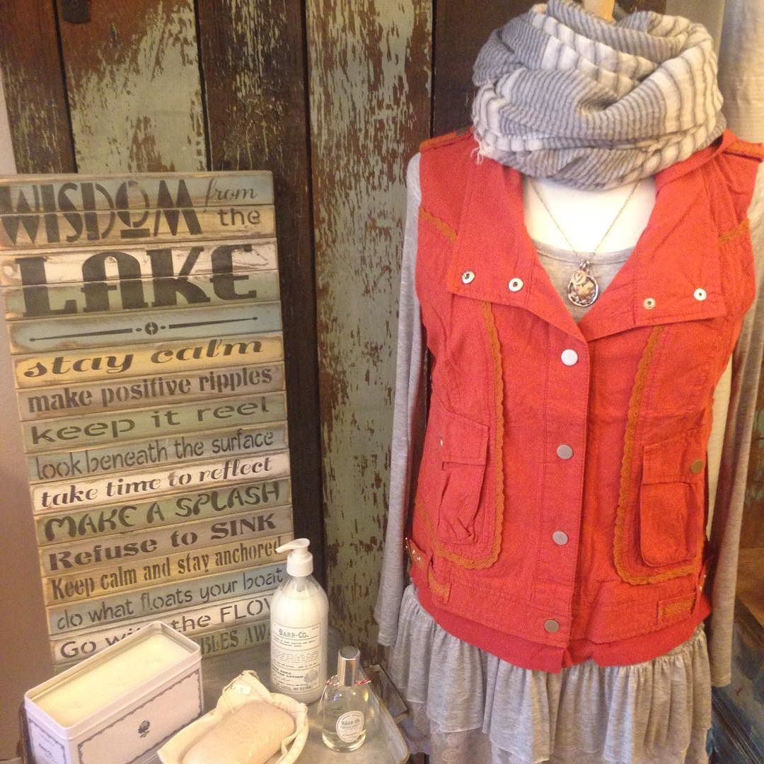 Spring is right around the corner. Update your wardrobe and your home at #lemongrasshomeandgift  #boutiqueshopping #cuteoutfits #woodsigns #naturallotion #scarve by lemongrassgrandhaven