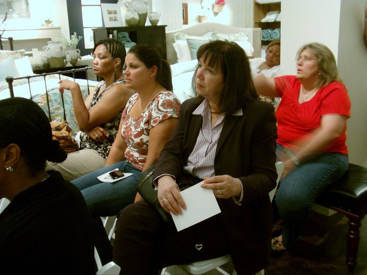 Pottery Barn Event - Audience members ask Lise Desormeaux questions about decorating and home staging.